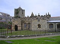 St Cybi's Church Holyhead 2004.jpg