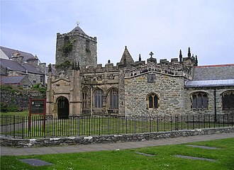 St Cybi's Church - Image: St Cybi's Church Holyhead 2004