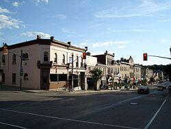 St Marys Ontario Queen St E 1.jpg