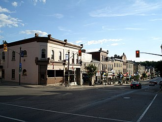 St. Marys, Ontario - Image: St Marys Ontario Queen St E 1