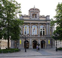 Stadsschouwburg Brugge voorzijde.jpg