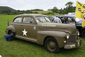 Pontiac Torpedo - 1941 Pontiac Deluxe Six or Eight Torpedo 2-door Sedan (A-body)