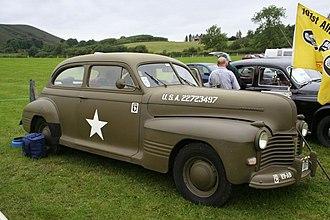 Pontiac Torpedo - 1941 Pontiac Deluxe Six or Eight Torpedo 2-door Sedan (A-body)