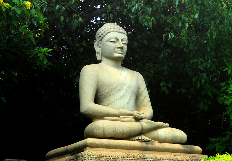 File:Statue of Buddha at Thotlakonda Park.JPG
