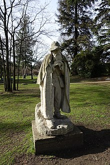 Statue of poet @ Square des Poètes @ Paris 16 (33122262485).jpg