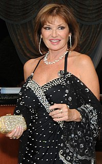 Stephanie Beacham English actress