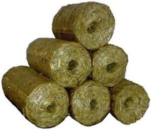 Straw - Straw or hay briquettes are a biofuel substitute to coal