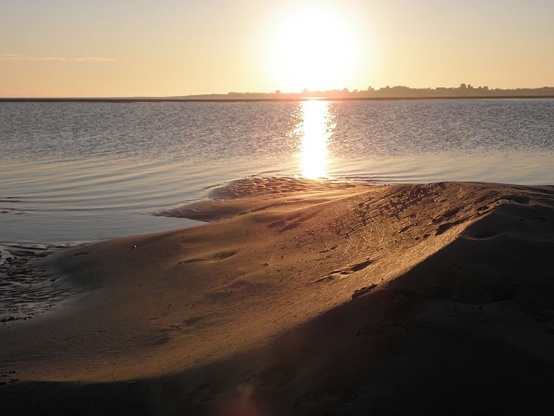 File:Sunset at West Wittering - panoramio (5).jpg
