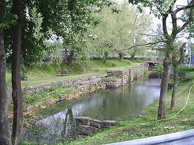 Sveriges äldsta sluss, i Lilla Edet