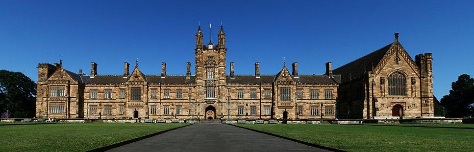 SydneyUniversity MainBuilding Panorama