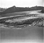 Taku Glacier, tidewater glacier terminus and glacial grooves in the rock, September 1, 1977 (GLACIERS 6247).jpg