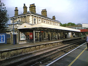 Teddington railway station - Image: Teddington Station