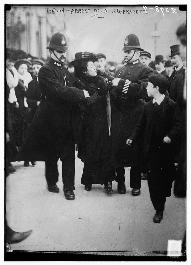 The Library of Congress - London - arrest of a suffragette (LOC).jpg