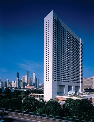 The Ritz-Carlton Millenia Singapore - Photographed in May 2005