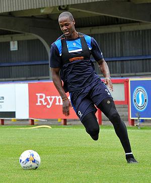 Tom Elliott (footballer)