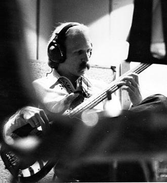 Tom Robb - Image: Tom Robb in studio