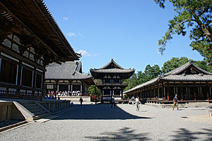 Japanese Buddhist architecture - Part of Tōshōdai-ji's garan (left to right, the kon-dō, the kō-dō, and the korō)