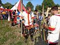 Trakošćanski streličari na Renesansnom festivalu - priprema za gađanje.jpg