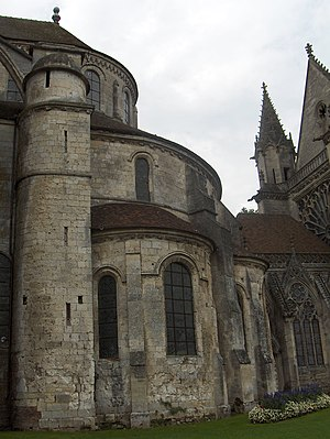 Saint-Germer-de-Fly Abbey - Image: Transition entre styles