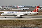 Turkish Airlines, TC-JSM, Airbus A321-231 (31817349412).jpg