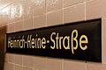 U-Bahnhof Heinrich-Heine-Straße, Stationsschild 20140808 13.jpg