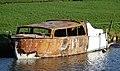 Uitgebrande motorboot (49396741357).jpg