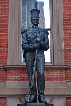 Union Club Philly Statue 2.jpg