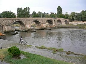 Vardar ve Üsküp'ün meşhur köprüsü