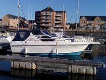Cruisers Yachts - Wikipedia