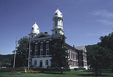Venango County Courthouse.jpg
