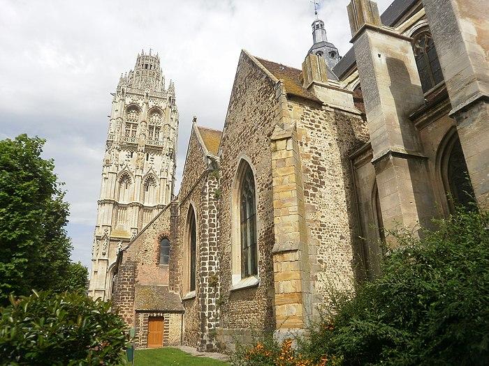 Eglise de la madeleine monument historique verneuil for Piscine verneuil sur avre