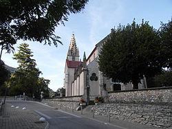 Veurey Voroize l'église.JPG