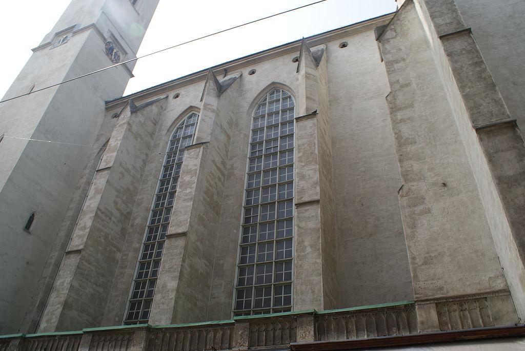 Vienna buildings 12.JPG