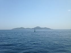 "View of Jinoshima Island from Ferry ""Oshima"".JPG"