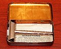 Vintage Burham Single Edge Safety Razor In Red Lithographed Tin, Made In USA, Patent Applied For (28105103768).jpg