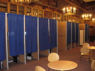 Voting booth - Voting booths used for L'Ordre des Avocats de Paris (Paris Bar Association) 2007 election.