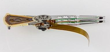WD Scorpio Blue - 160 GB - WD1600BEVT-22ZCT0 - heads-2428.jpg