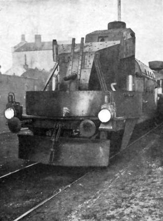 Piłsudczyk (armoured train) - Austro-Hungarian V-type artillery car, used in 1920