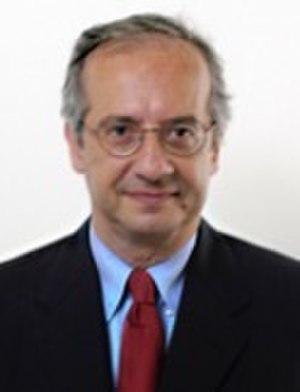 Democratic Party (Italy) leadership election, 2007 - Image: Walter Veltroni camera