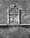 wapensteen in de voorgevel - culemborg - 20051704 - rce