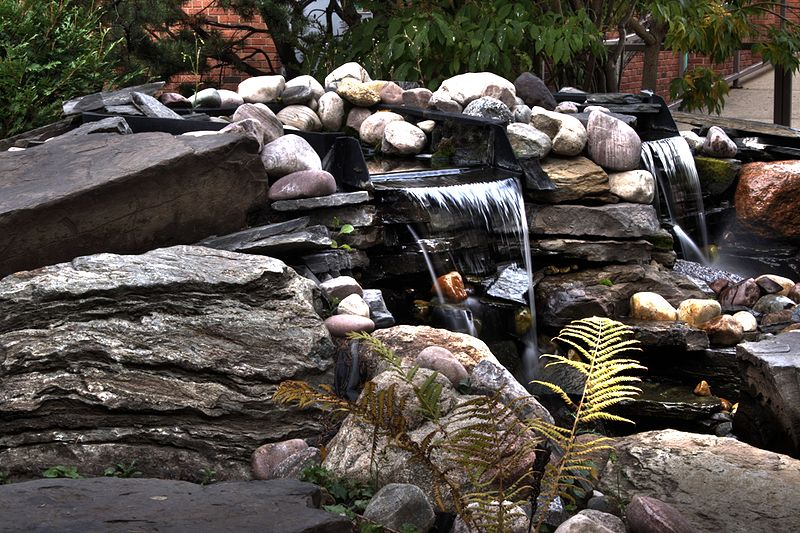 Choosing A Pond Pump For Your Pond Or Water Feature