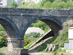 Cornwall Railway viaducts - Surviving pier of the original viaduct beneath an arch of its replacement
