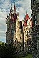Widok pałacu w Mosznej od strony parku.jpg