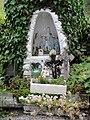 Wignehies (Nord, Fr) route de Clairfontaine, chapelle privée en souvenir d'une chapelle disparue.jpg