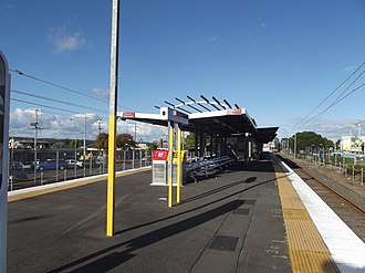 Woodridge railway station - Southbound view in July 2012
