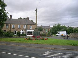 Wylam war memorial.jpg