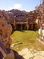 Xaghra Ggantija-Tempel Innen Altar 1.JPG