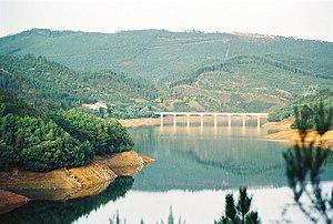 Zêzere River - Image: Zezereflickr