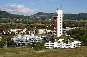Thermalbad mit Turmhotel