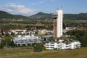 Thermalbad mit Turmhotel